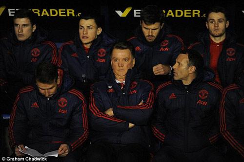 """Sợ loạn, Mourinho không muốn """"chữa cháy"""" cho Van Gaal - 3"""