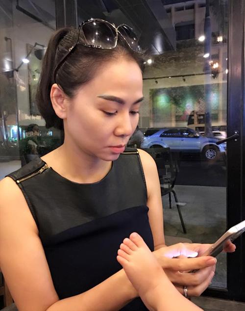 """Facebook sao 24/2: Hà Hồ lần đầu lộ diện giữa """"tâm bão"""" - 6"""