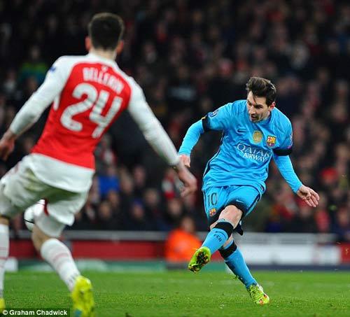 """Ma thuật của bộ ba Barca làm Arsenal """"mờ mắt"""" - 2"""