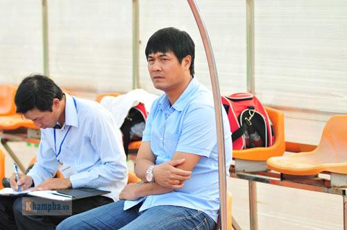 """HLV Hữu Thắng được """"săn"""" hơn cả dàn sao ngàn tỷ đồng - 1"""