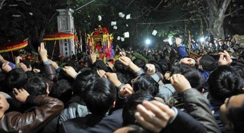 2.000 bộ đội, công an bảo vệ Lễ Khai ấn Đền Trần - 1