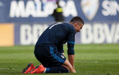 Đứng trước Barca, Real bỗng trở nên tầm thường - 2