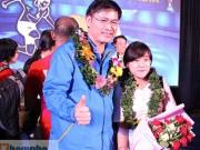 """Bóng đá - Ông bầu futsal Việt Nam thành """"soái ca"""" với fan nữ"""