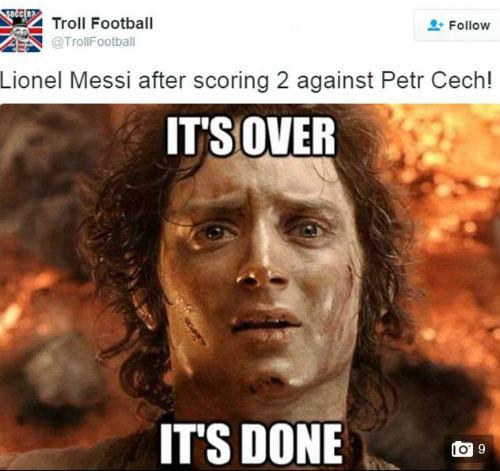 Ảnh chế Arsenal thua Barca: Messi hạ knock-out Cech - 2