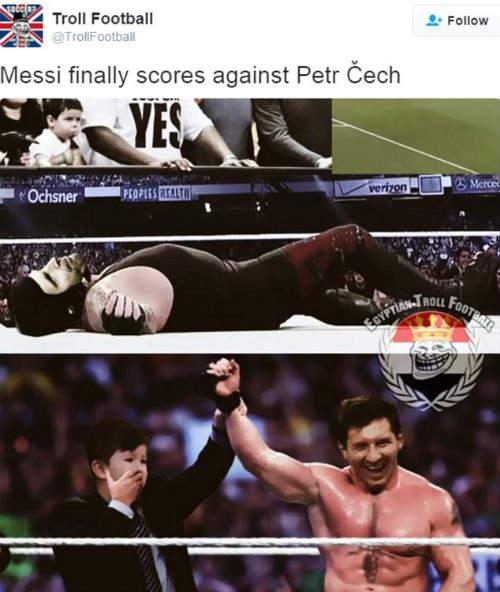 Ảnh chế Arsenal thua Barca: Messi hạ knock-out Cech - 9