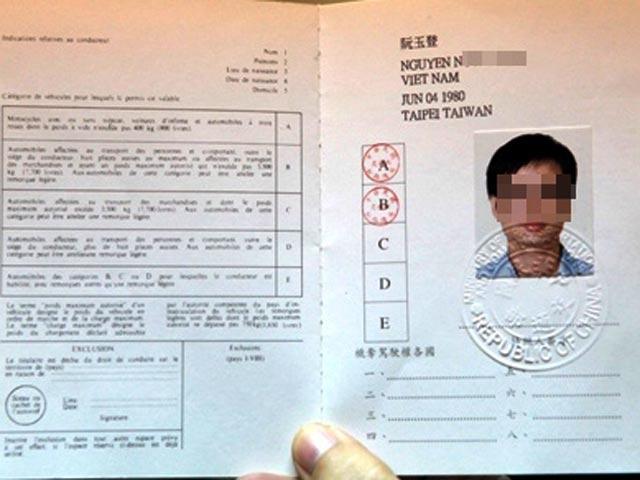 Hà Nội bắt đầu cấp GPLX quốc tế từ 1/3 - 1