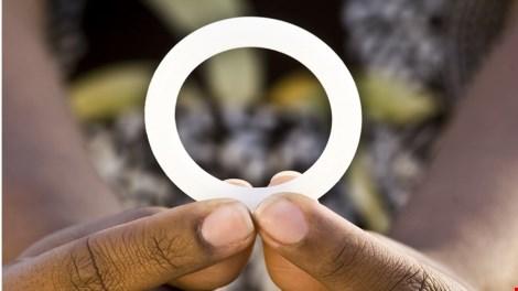 """Đột phá về vòng """"khử"""" lây nhiễm virus HIV cho nữ - 1"""