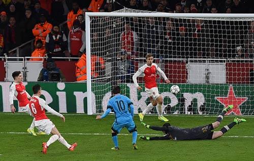 Phản công thần tốc: Messi còn thua CR7 & Rooney - 1