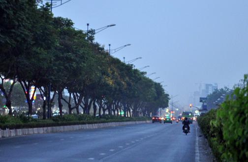 Sài Gòn chìm trong sương mù - 1