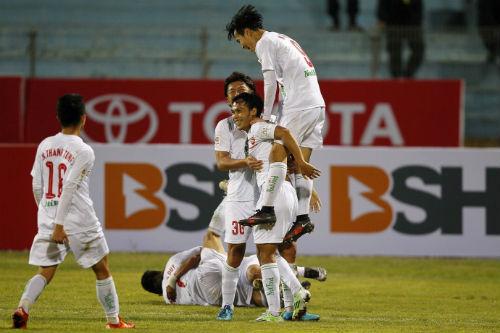 HAGL bất ngờ dẫn đầu V-League 2016: Chông gai phía trước - 1