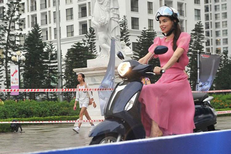 Các nhãn hàng dè dặt sử dụng hình ảnh Hà Hồ sau scandal - 2