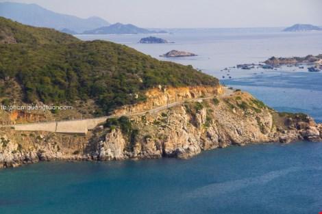 Đã mắt chiêm ngưỡng bộ ảnh đường biển đẹp nhất Việt Nam - 7