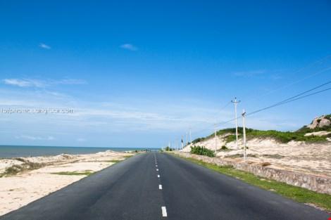 Đã mắt chiêm ngưỡng bộ ảnh đường biển đẹp nhất Việt Nam - 1