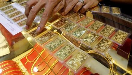 Chênh lệch vàng nội ngoại chỉ còn 200 nghìn đồng - 1
