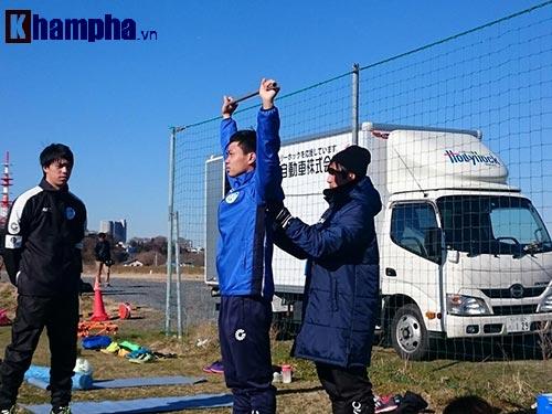 Công Phượng vẫn được CLB Nhật đăng ký đá J-League 2 - 1