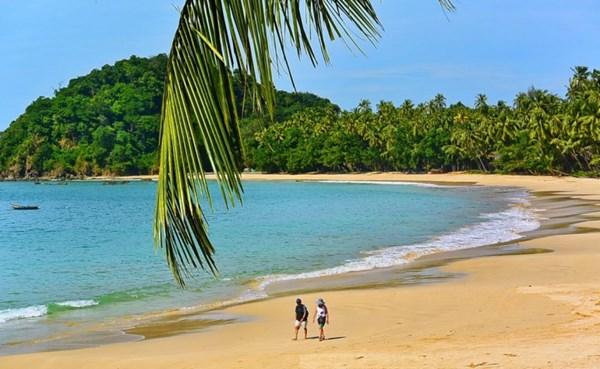 Thỏa mãn với danh sách 10 bãi biển đẹp nhất TG năm 2016 - 9