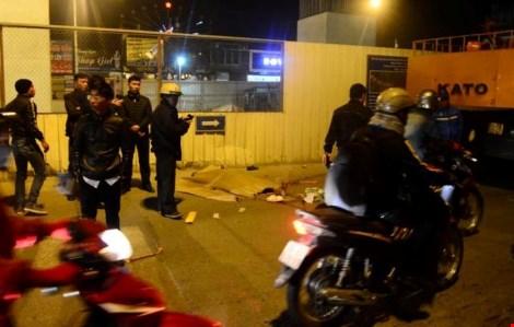 Xe cẩu tông xe máy, nam thanh niên tử vong tại chỗ - 1