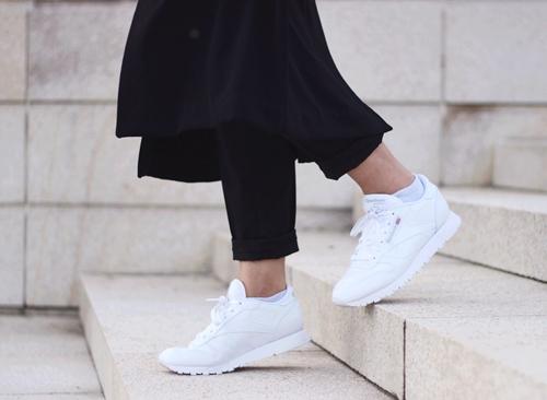 Nếu trót mê những đôi giày trắng, đừng quên 4 điều này! - 5