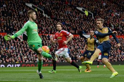 Chi tiết MU - Arsenal: Tấn công trong vô vọng (KT) - 3