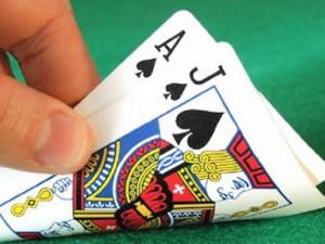 An ninh Xã hội - Cà Mau: Một hiệu trưởng bị cách chức vì… đánh bạc