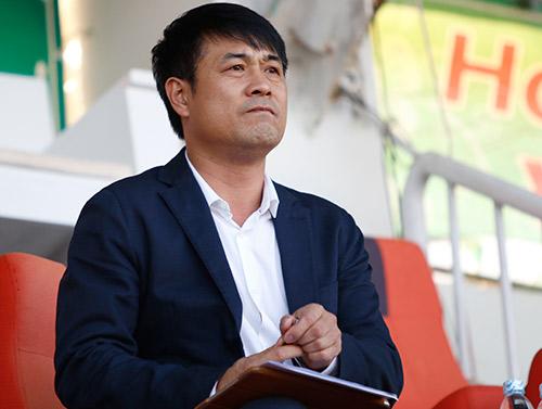 """HLV Hữu Thắng: Trọng tài bắt trận HAGL có """"vấn đề"""" - 2"""