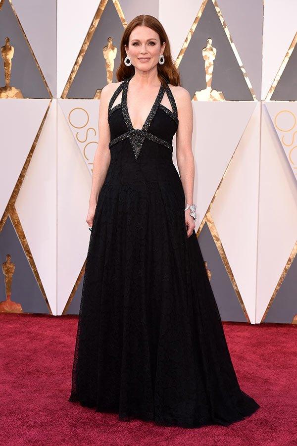 Váy hở vai, cổ V gợi cảm phủ kín thảm đỏ Oscar - 11