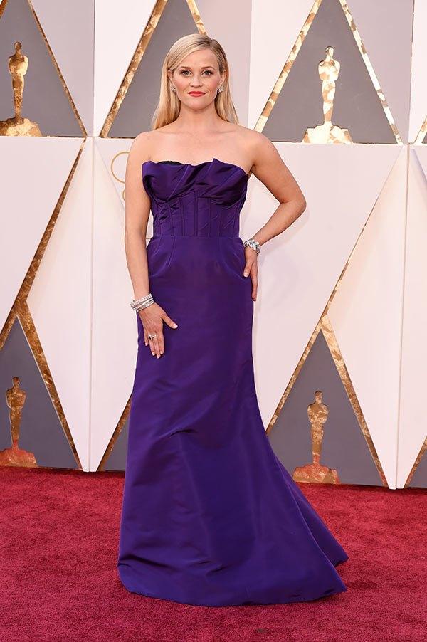 Váy hở vai, cổ V gợi cảm phủ kín thảm đỏ Oscar - 21