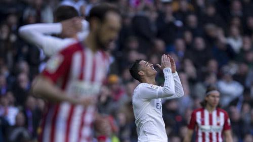 Tiêu điểm vòng 26 Liga: Nước mắt thành Madrid - 1