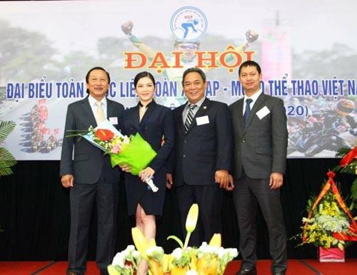 Có Lý Nhã Kỳ, xe đạp Việt Nam 'lên sàn' showbiz - 1