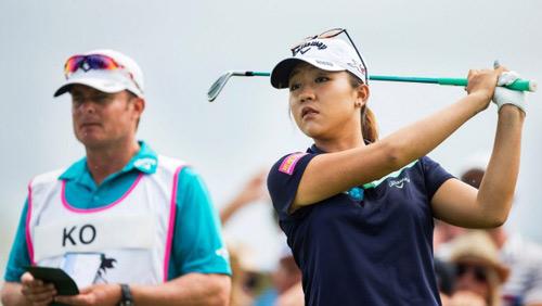 Golf 24/7: Hoa khôi Thompson đăng quang ở Thái Lan - 3