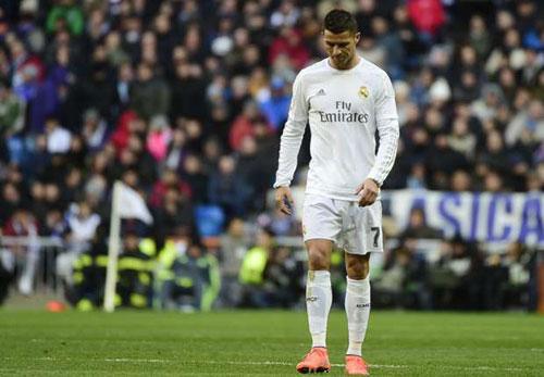 Tin HOT tối 29/2: Phó chủ tịch Barca chỉ trích CR7 - 1