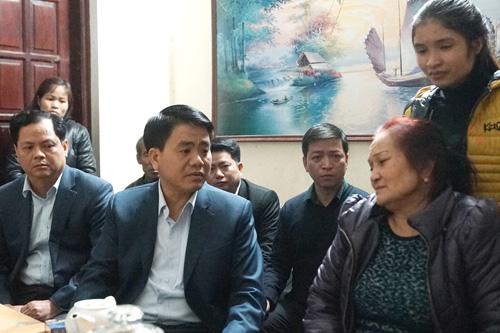 Chủ tịch Hà Nội yêu cầu khởi tố vụ xe Camry tông chết 3 người - 1