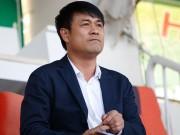 """Bóng đá - HLV Hữu Thắng: Trọng tài bắt trận HAGL có """"vấn đề"""""""