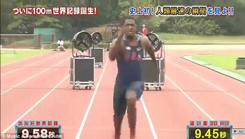 """Nóng: Tìm ra """"siêu nhân"""" chạy nhanh hơn Bolt - 2"""