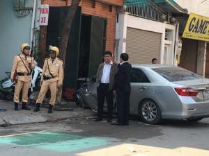 Tin tức trong ngày - Cô gái đi cùng lái xe Camry gây tai nạn khai gì?
