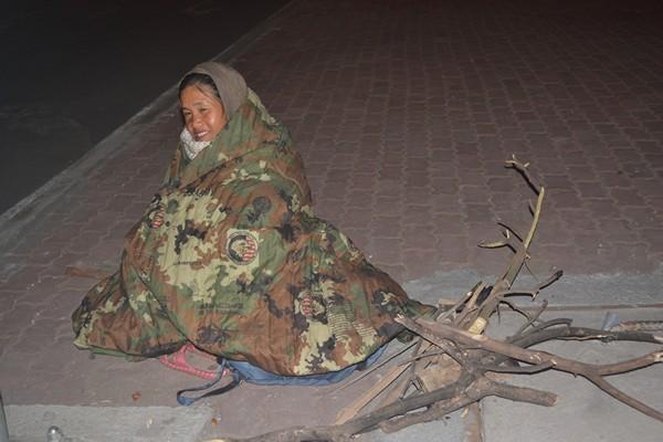 Sự thật về người đàn bà cứ nửa đêm ra ngã tư ngồi - 6
