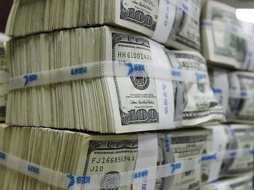 """Một lượng lớn USD đã được """"giải phóng"""" - 1"""