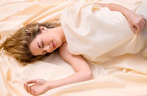 Tư thế ngủ tốt cho từng loại bệnh - 1