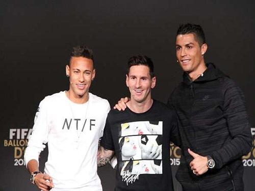Neymar chê chân phải của CR7, thích Real chiến thắng - 1