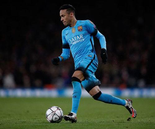 Neymar chê chân phải của CR7, thích Real chiến thắng - 2