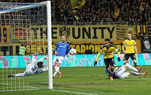 Darmstadt - Dortmund: Niềm vui nhân đôi - 1