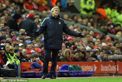 Thua Liverpool, Man City chuyển sang thách đấu MU - 1