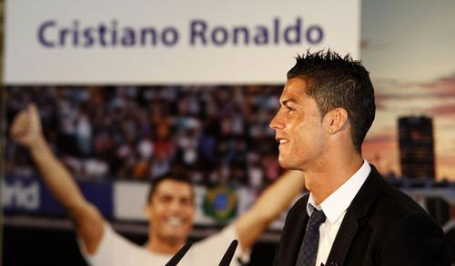 """Ronaldo bị """"lên lớp"""" về thái độ với đồng đội - 3"""