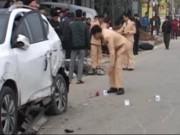 Video An ninh - Tai nạn liên hoàn, 8 ô tô, xe máy bẹp nát