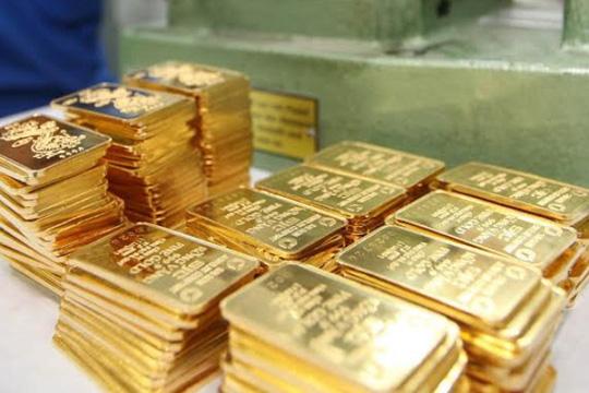 Giá vàng SJC bất ngờ rẻ hơn thế giới - 1