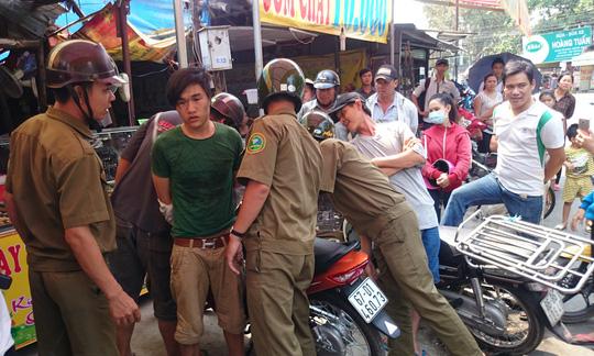 Nữ sinh viên quật ngã tên trộm xe máy ở làng Đại học - 1