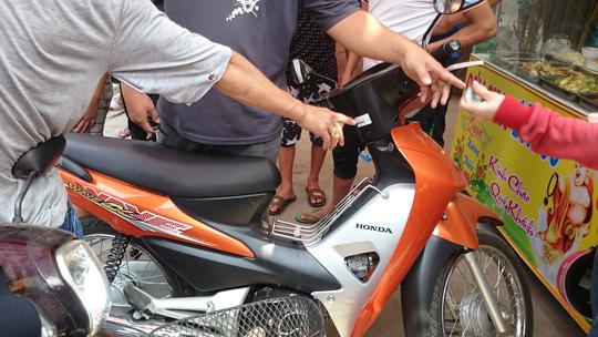 Nữ sinh viên quật ngã tên trộm xe máy ở làng Đại học - 2