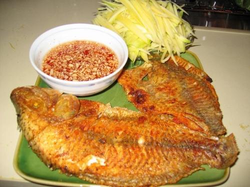 3 thời điểm không được ăn cá vì gây họa cho sức khỏe - 2