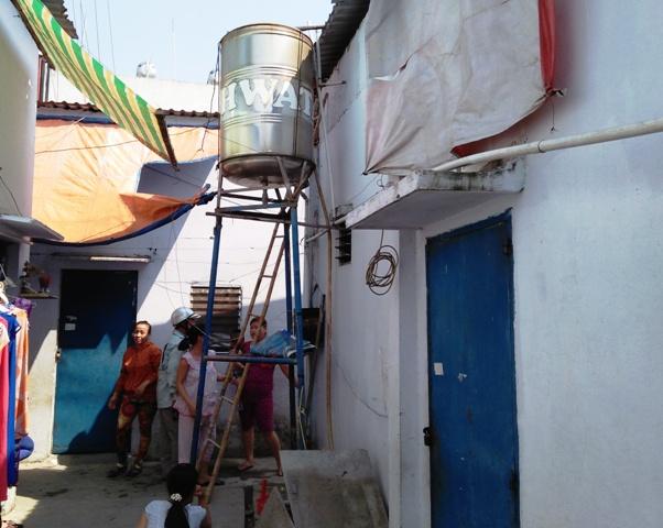 TP.HCM: Kiểm tra máy bơm nước, chủ nhà trọ tử vong - 1