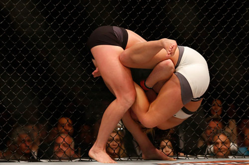 UFC, Holly Holm – Miesha Tate: Bước ngoặt cú đấm trượt - 3